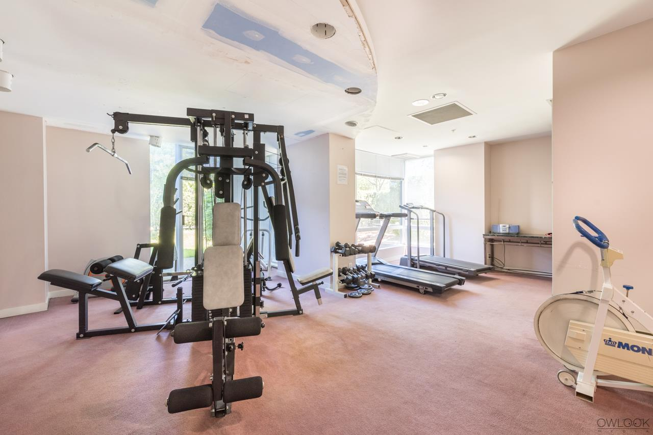 Condo Apartment at 305 14820 104 AVENUE, Unit 305, North Surrey, British Columbia. Image 16