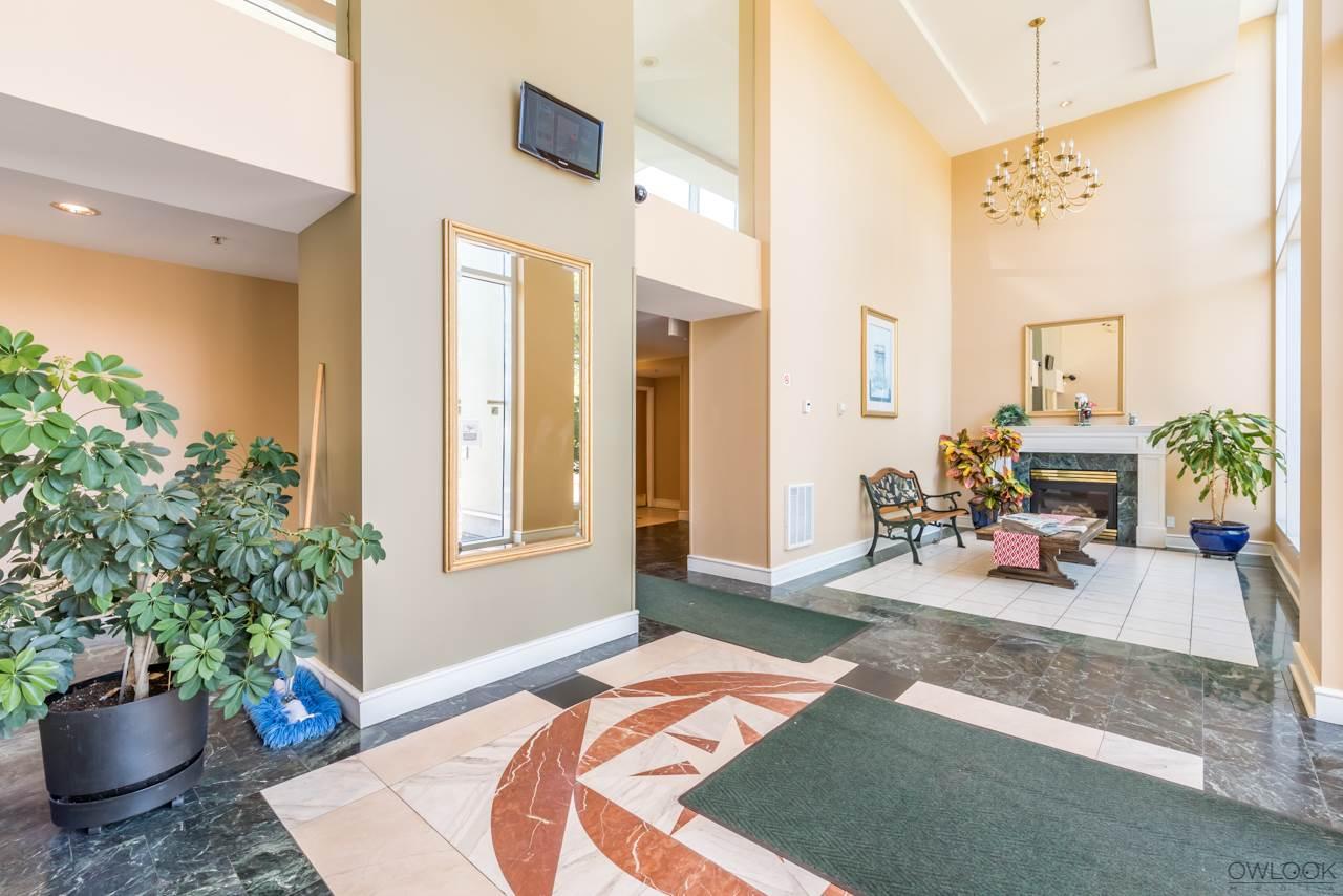 Condo Apartment at 305 14820 104 AVENUE, Unit 305, North Surrey, British Columbia. Image 18