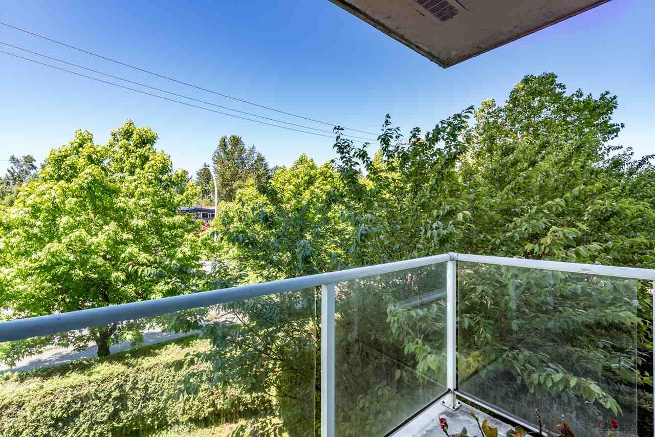 Condo Apartment at 305 14820 104 AVENUE, Unit 305, North Surrey, British Columbia. Image 19