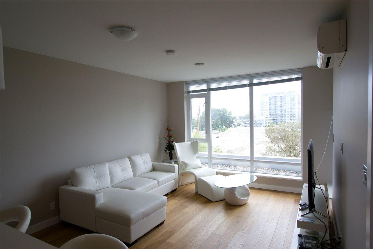 Condo Apartment at 6011 5511 HOLLYBRIDGE WAY, Unit 6011, Richmond, British Columbia. Image 1