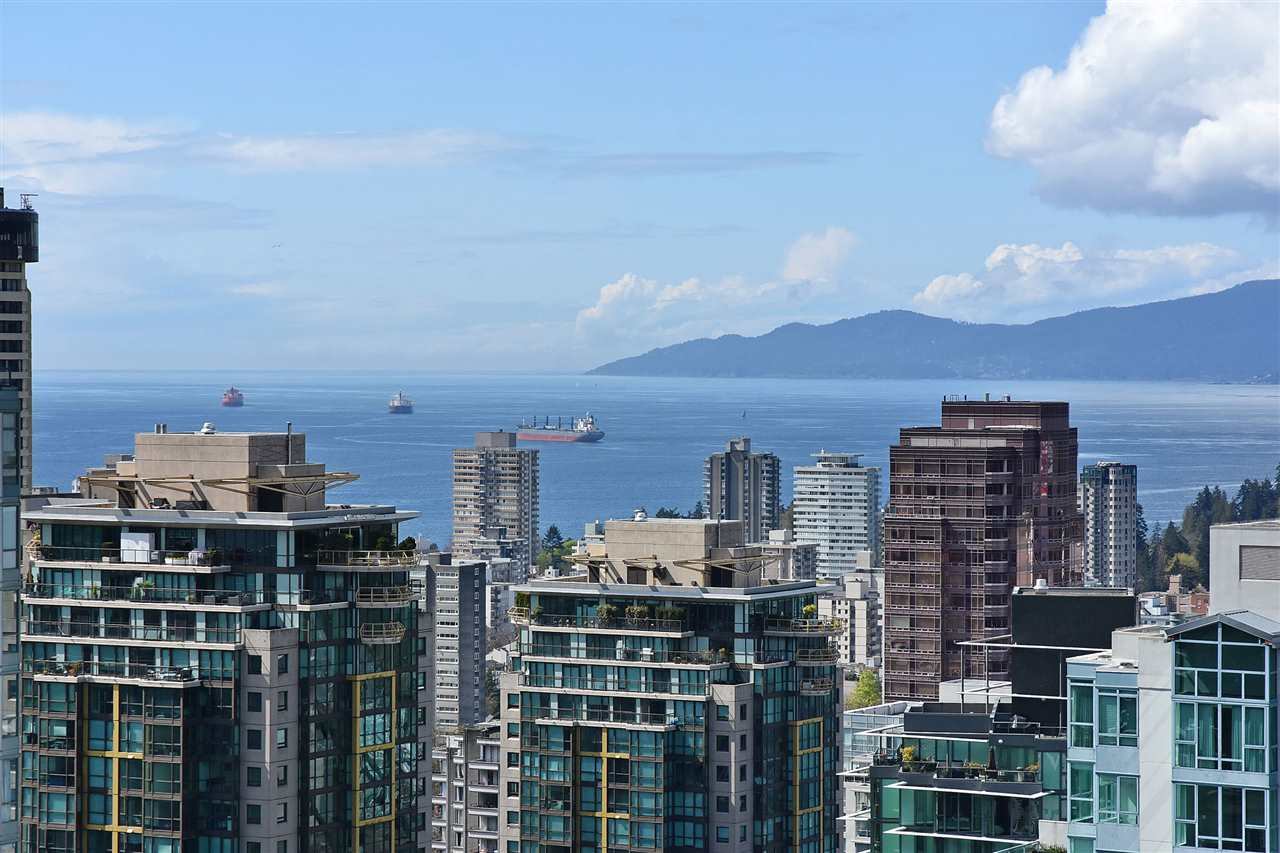 Condo Apartment at 3704 1189 MELVILLE STREET, Unit 3704, Vancouver West, British Columbia. Image 16