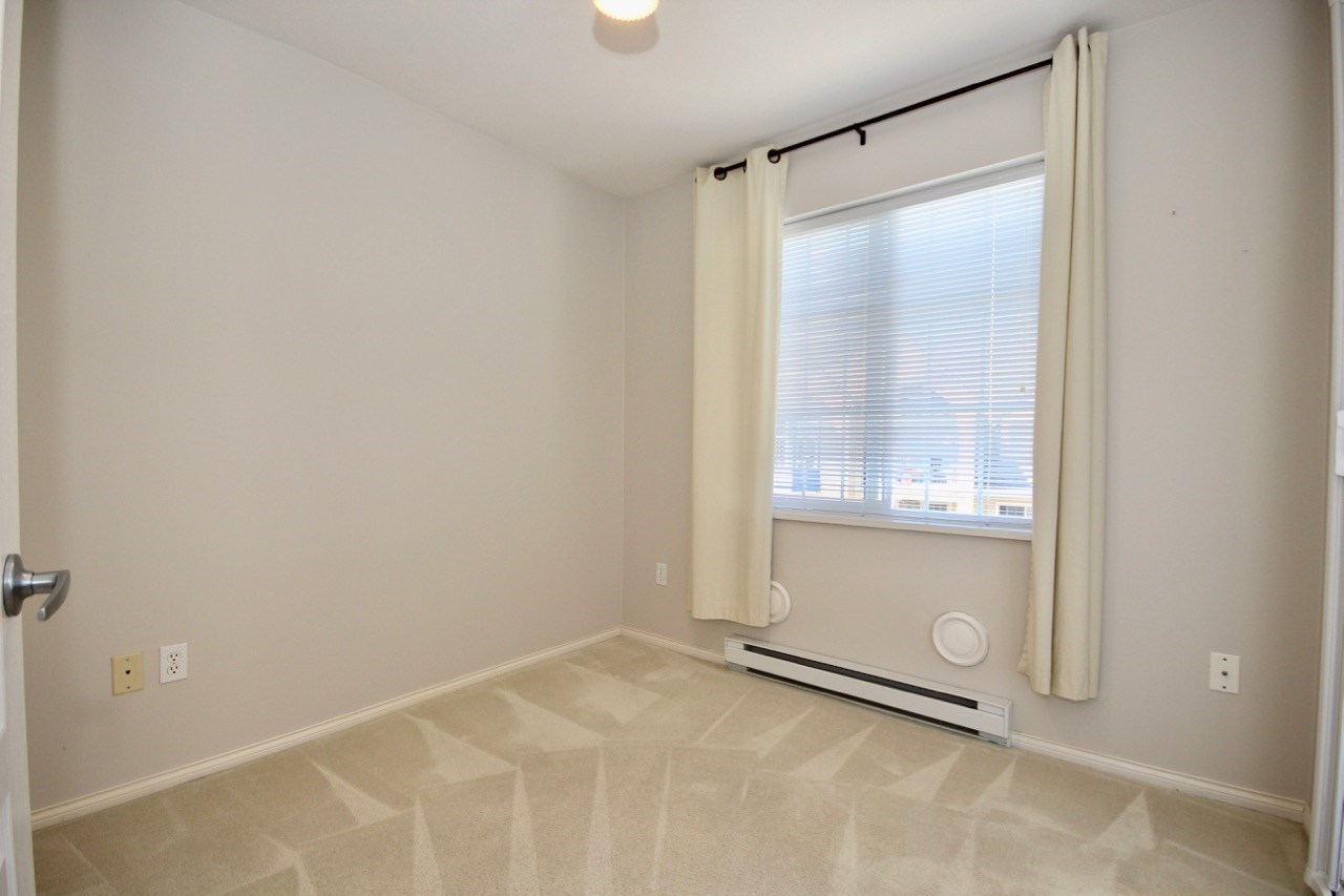 Condo Apartment at 411 1363 56 STREET, Unit 411, Tsawwassen, British Columbia. Image 9