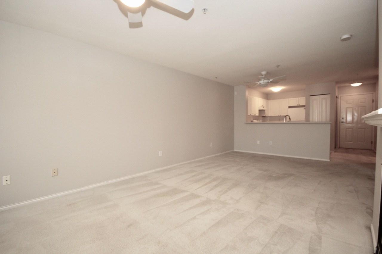 Condo Apartment at 411 1363 56 STREET, Unit 411, Tsawwassen, British Columbia. Image 11