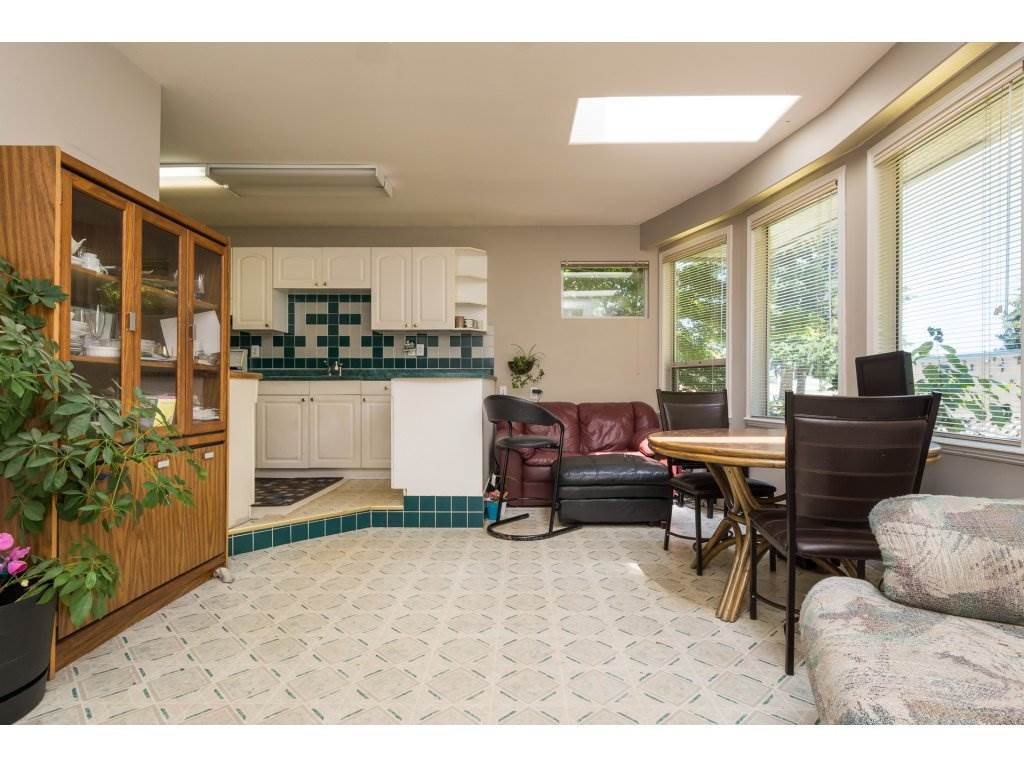 Detached at 2030 154TH STREET, South Surrey White Rock, British Columbia. Image 8
