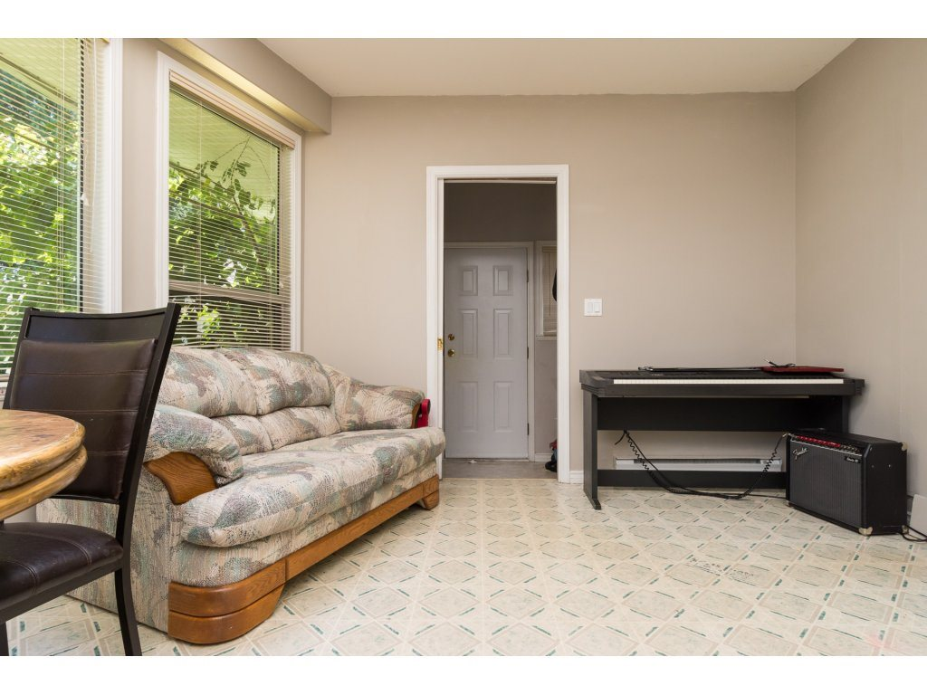 Detached at 2030 154TH STREET, South Surrey White Rock, British Columbia. Image 11