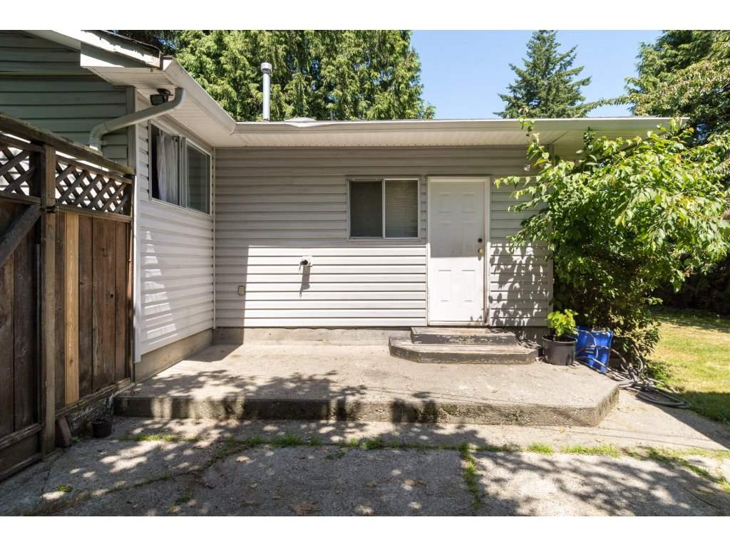 Detached at 2030 154TH STREET, South Surrey White Rock, British Columbia. Image 18