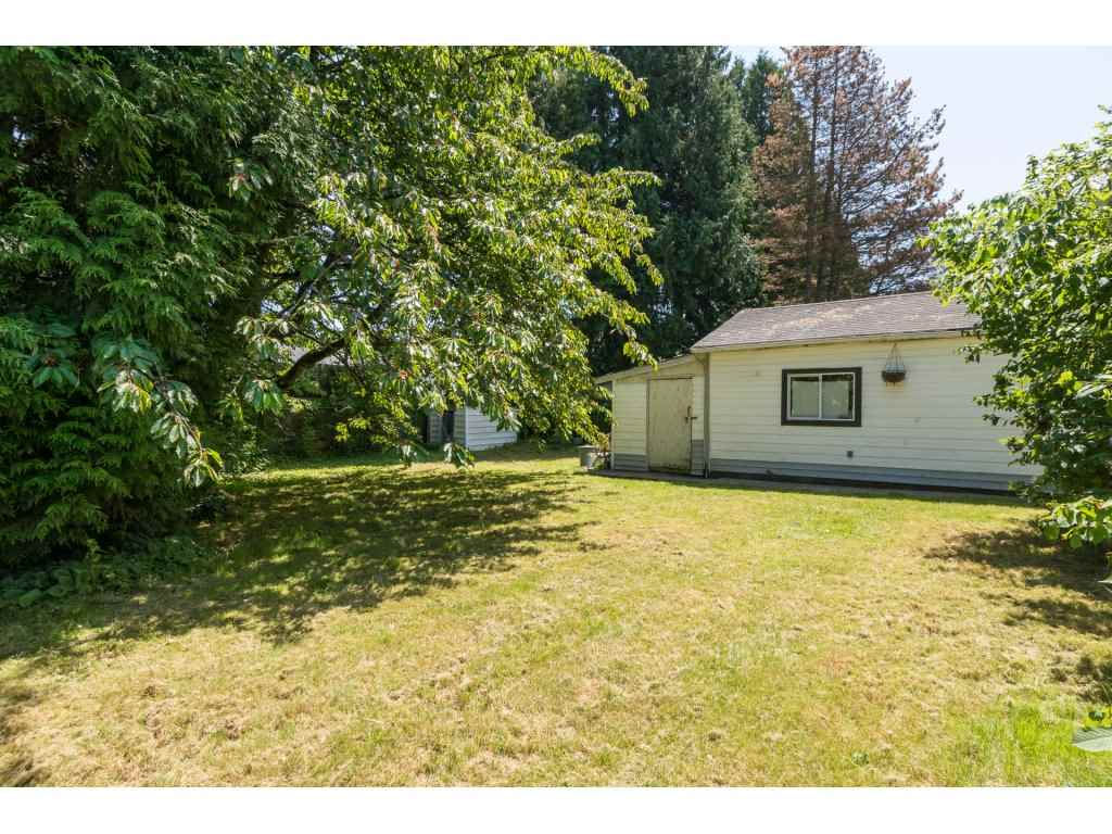Detached at 2030 154TH STREET, South Surrey White Rock, British Columbia. Image 20