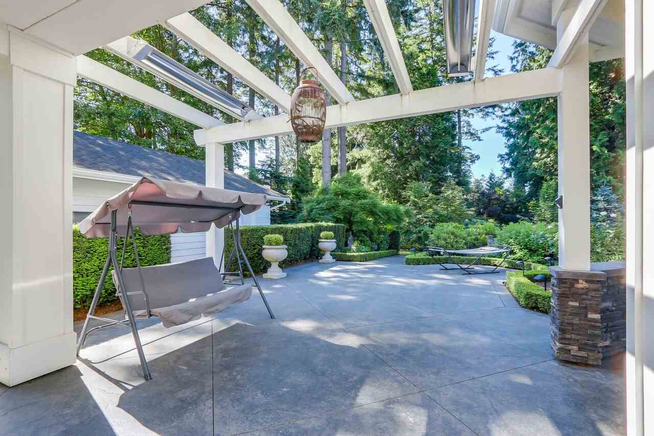 Detached at 12754 23 AVENUE, South Surrey White Rock, British Columbia. Image 18