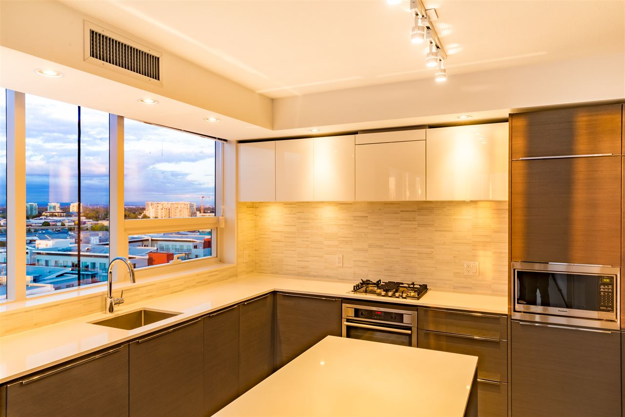 Condo Apartment at 1509 5233 GILBERT ROAD, Unit 1509, Richmond, British Columbia. Image 6
