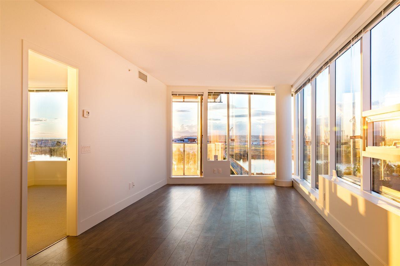 Condo Apartment at 1509 5233 GILBERT ROAD, Unit 1509, Richmond, British Columbia. Image 7