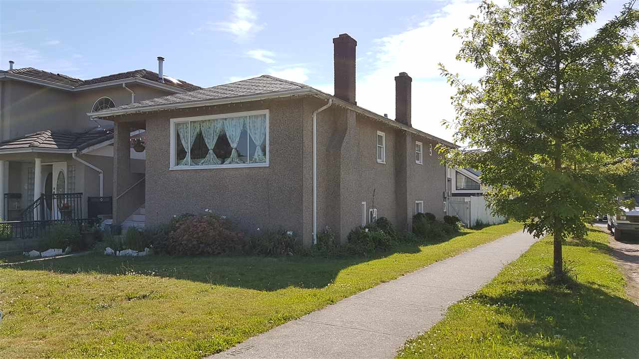 Detached at 6709 FLEMING STREET, Vancouver East, British Columbia. Image 1