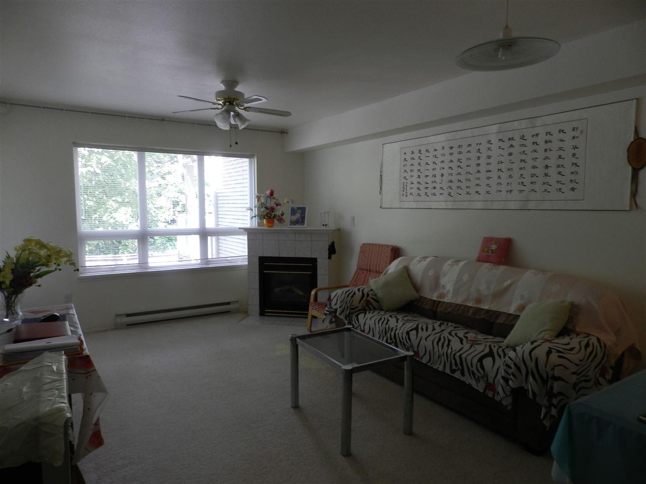 Condo Apartment at 209 14377 103 AVENUE, Unit 209, North Surrey, British Columbia. Image 2