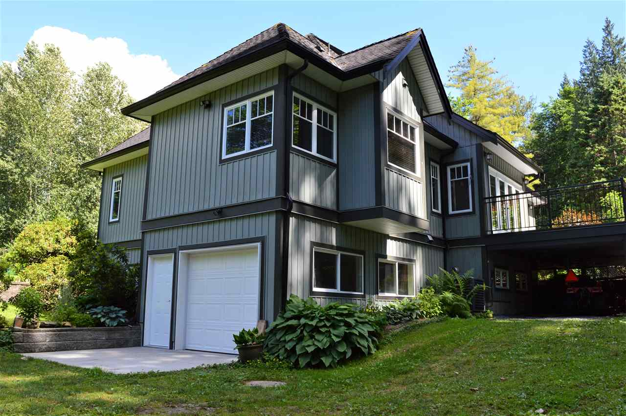 Detached at 25249 BOSONWORTH AVENUE, Maple Ridge, British Columbia. Image 18