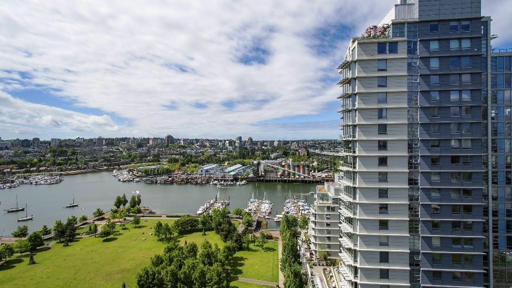 Condo Apartment at 2102 583 BEACH CRESCENT, Unit 2102, Vancouver West, British Columbia. Image 1