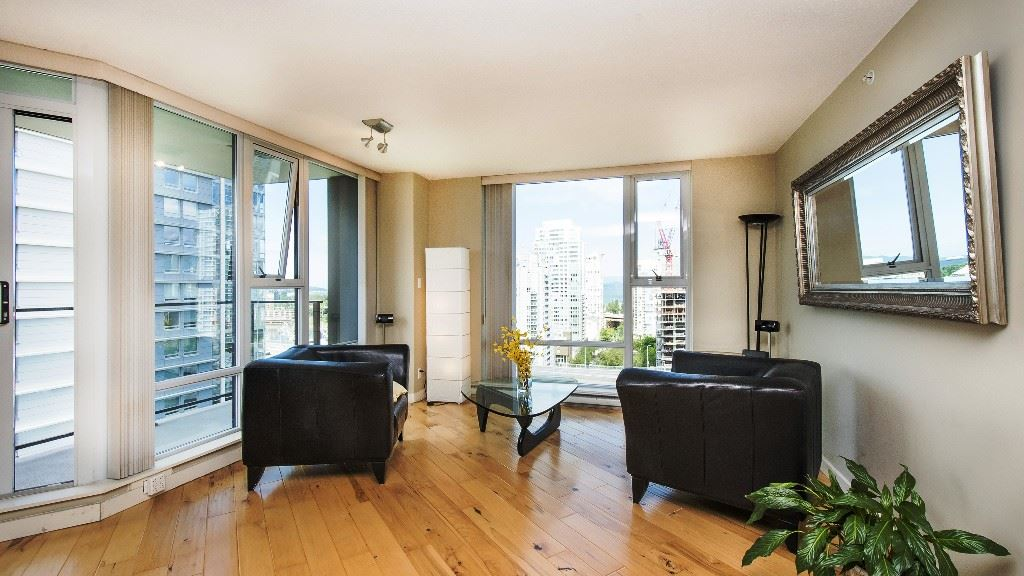 Condo Apartment at 2102 583 BEACH CRESCENT, Unit 2102, Vancouver West, British Columbia. Image 5