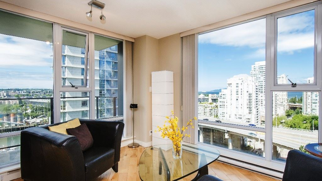 Condo Apartment at 2102 583 BEACH CRESCENT, Unit 2102, Vancouver West, British Columbia. Image 6