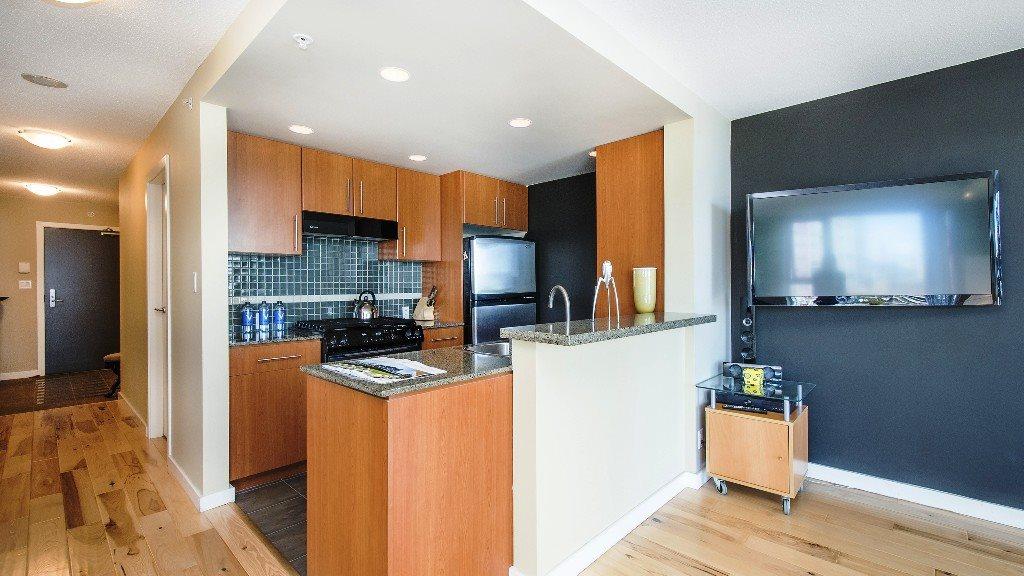 Condo Apartment at 2102 583 BEACH CRESCENT, Unit 2102, Vancouver West, British Columbia. Image 10