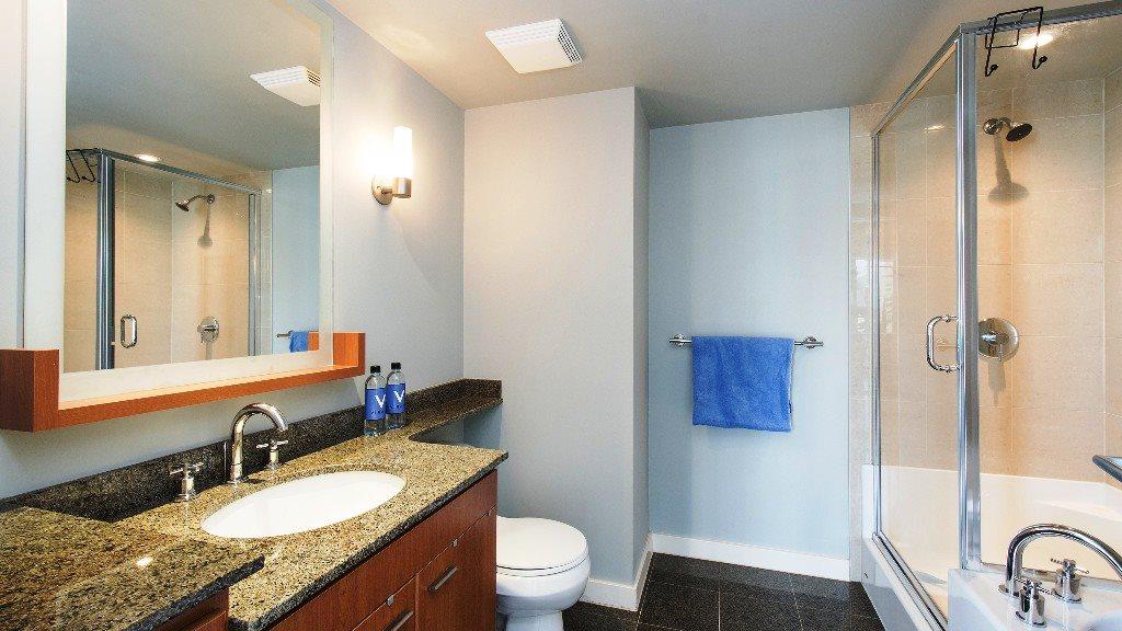 Condo Apartment at 2102 583 BEACH CRESCENT, Unit 2102, Vancouver West, British Columbia. Image 13