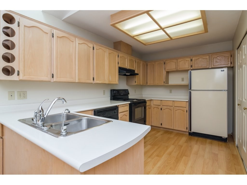 Townhouse at 96 8737 212 STREET, Unit 96, Langley, British Columbia. Image 7