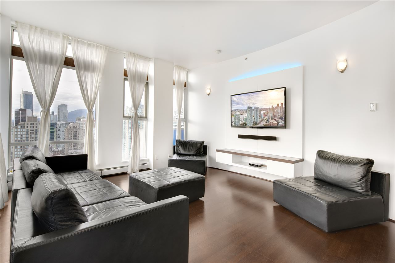 Condo Apartment at 3301 1008 CAMBIE STREET, Unit 3301, Vancouver West, British Columbia. Image 11