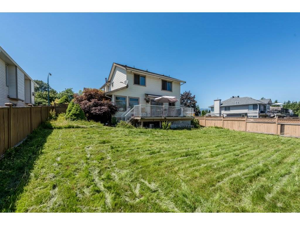 Detached at 12478 230 STREET, Maple Ridge, British Columbia. Image 19