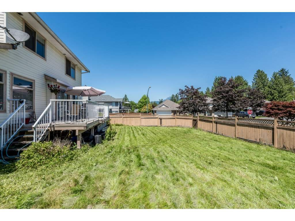 Detached at 12478 230 STREET, Maple Ridge, British Columbia. Image 20