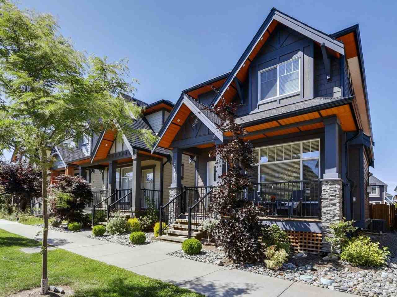Detached at 17443 2A AVENUE, South Surrey White Rock, British Columbia. Image 1