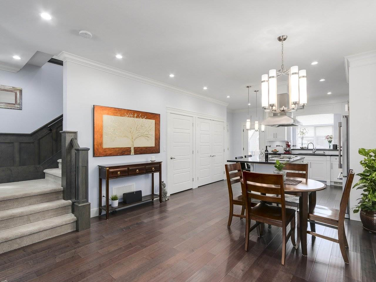 Detached at 17443 2A AVENUE, South Surrey White Rock, British Columbia. Image 4