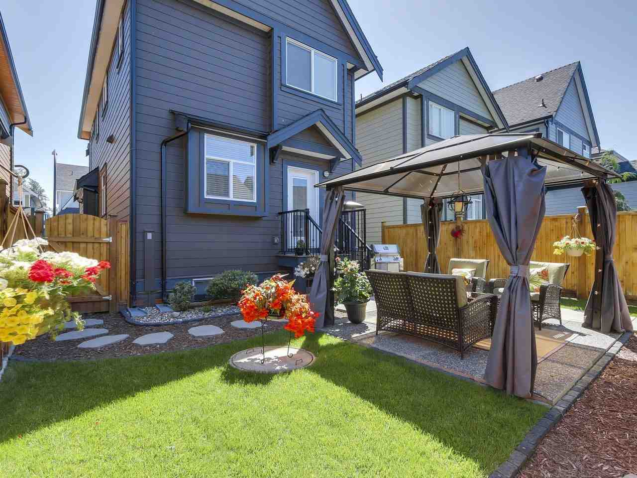Detached at 17443 2A AVENUE, South Surrey White Rock, British Columbia. Image 17