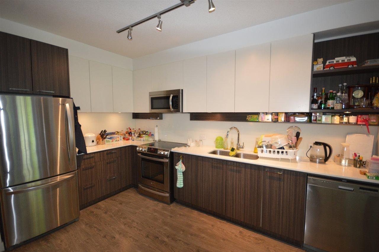 Condo Apartment at 203 9250 UNIVERSITY HIGH STREET, Unit 203, Burnaby North, British Columbia. Image 4