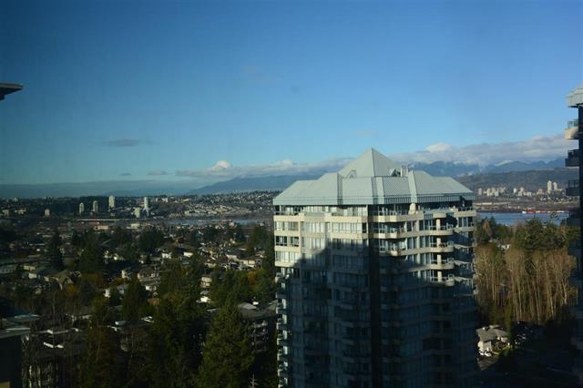 Condo Apartment at 1810 10777 UNIVERSITY DRIVE, Unit 1810, North Surrey, British Columbia. Image 6