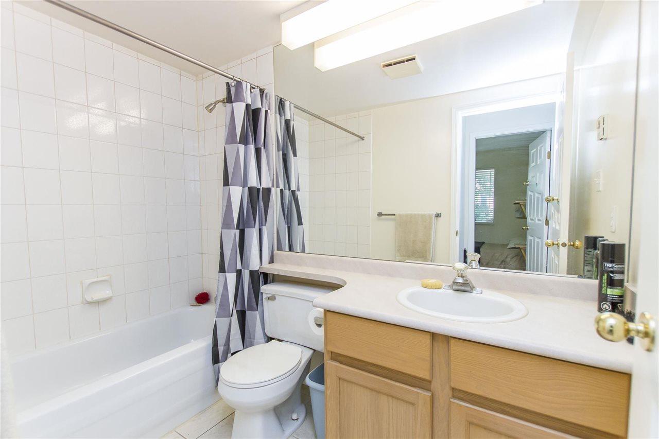 Condo Apartment at 103 558 ROCHESTER AVENUE, Unit 103, Coquitlam, British Columbia. Image 17