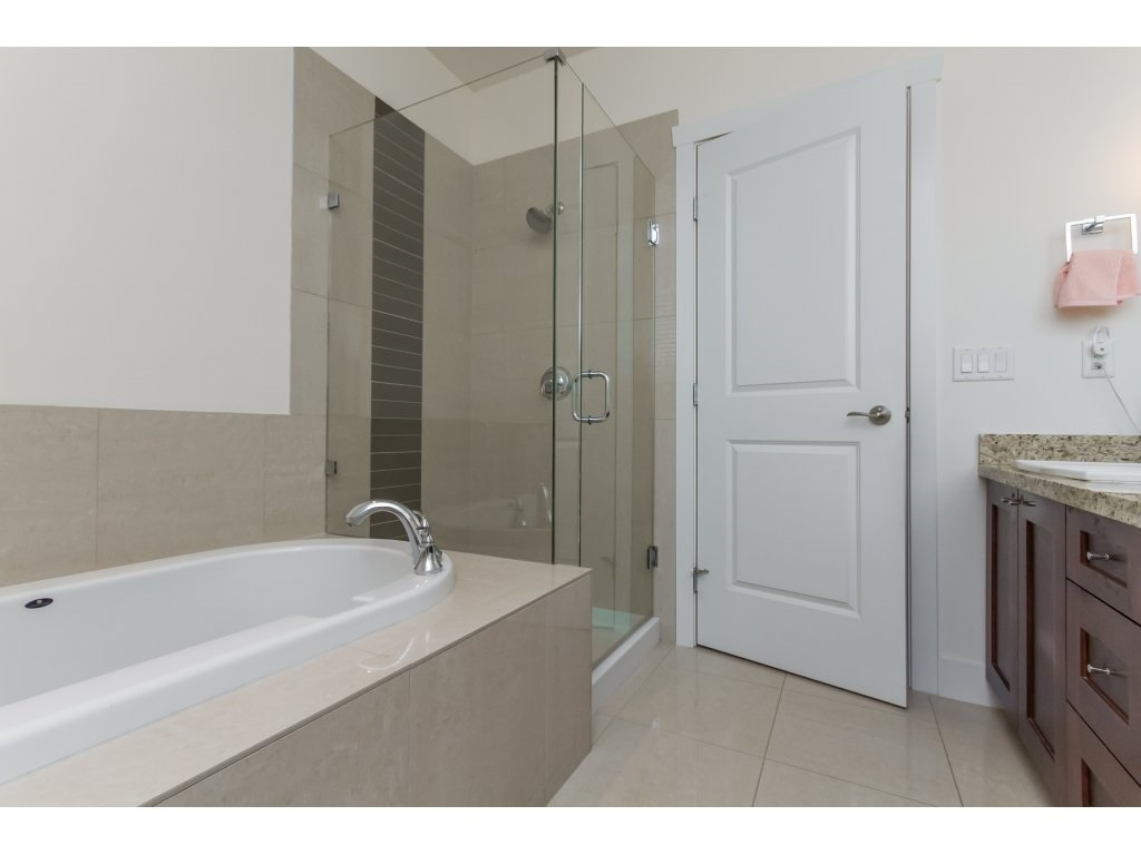 Townhouse at 32 15885 26 AVENUE, Unit 32, South Surrey White Rock, British Columbia. Image 11