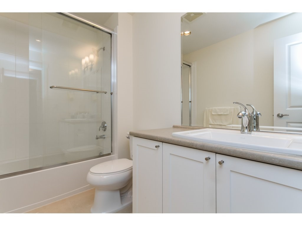 Townhouse at 32 15885 26 AVENUE, Unit 32, South Surrey White Rock, British Columbia. Image 15