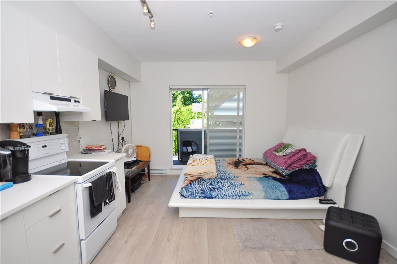 Condo Apartment at 205 13678 GROSVENOR ROAD, Unit 205, North Surrey, British Columbia. Image 1