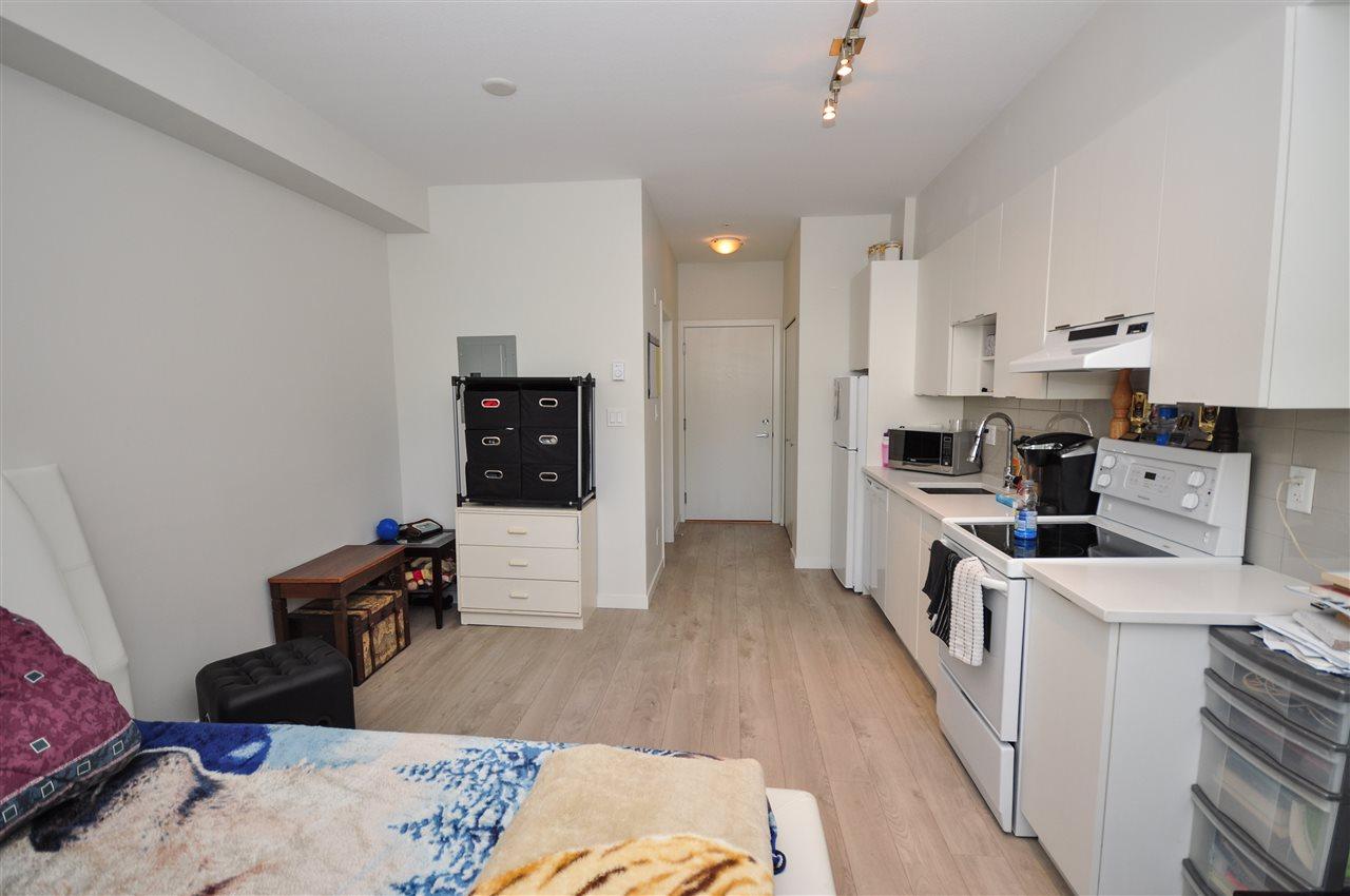 Condo Apartment at 205 13678 GROSVENOR ROAD, Unit 205, North Surrey, British Columbia. Image 2
