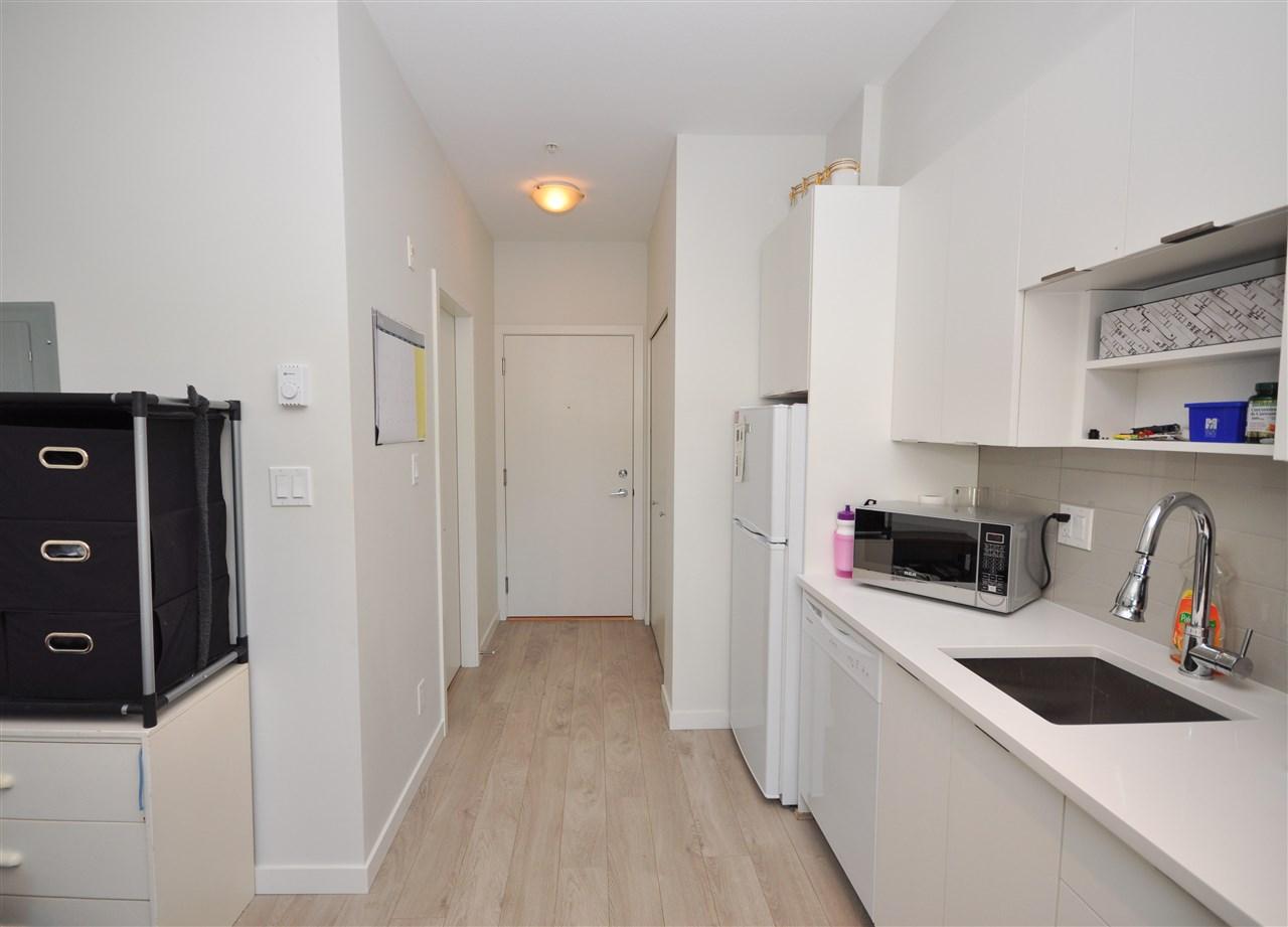 Condo Apartment at 205 13678 GROSVENOR ROAD, Unit 205, North Surrey, British Columbia. Image 3