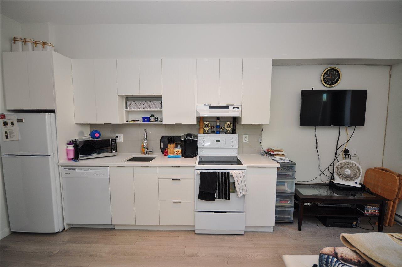 Condo Apartment at 205 13678 GROSVENOR ROAD, Unit 205, North Surrey, British Columbia. Image 4
