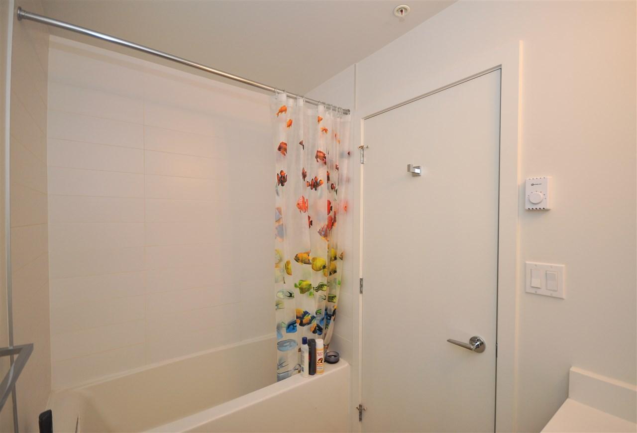 Condo Apartment at 205 13678 GROSVENOR ROAD, Unit 205, North Surrey, British Columbia. Image 5