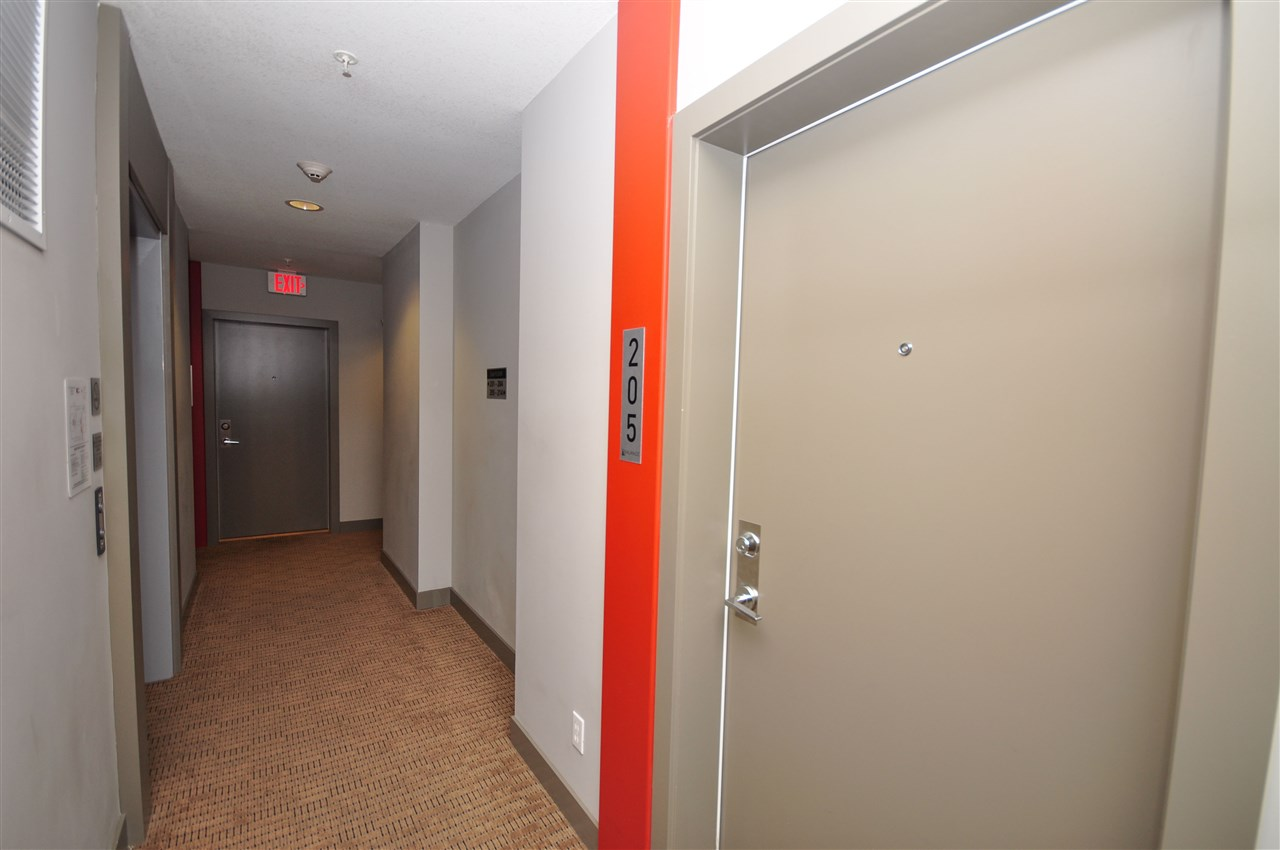 Condo Apartment at 205 13678 GROSVENOR ROAD, Unit 205, North Surrey, British Columbia. Image 8