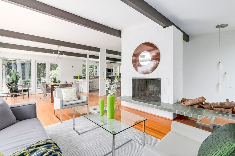 Detached at 4138 BURKEHILL ROAD, West Vancouver, British Columbia. Image 6