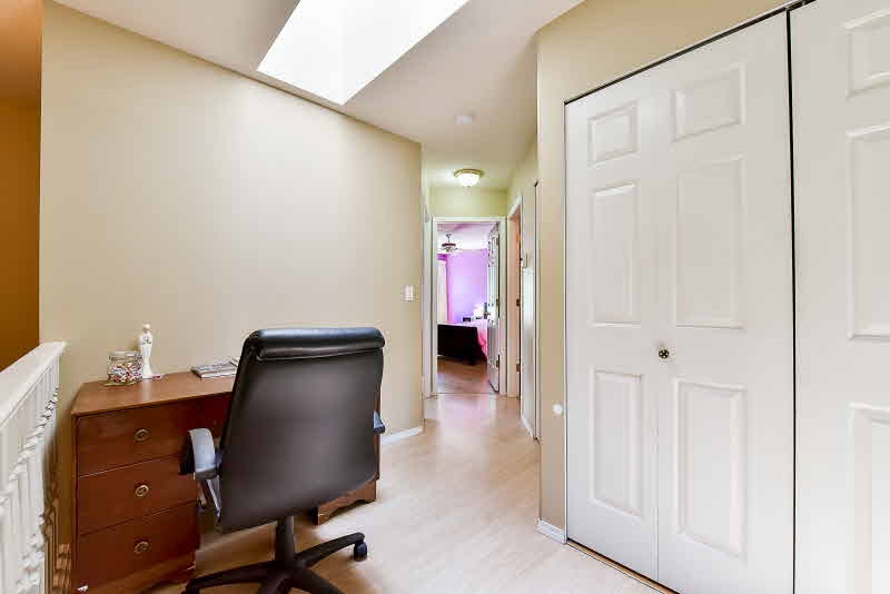 Townhouse at 10 8257 121A STREET, Unit 10, Surrey, British Columbia. Image 11