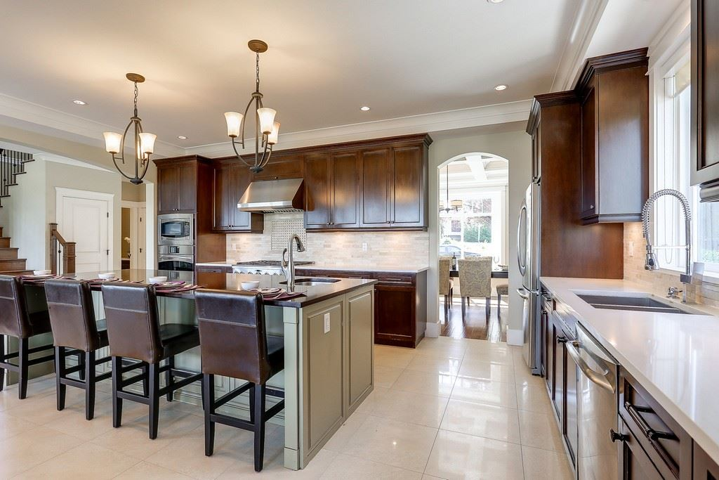 Detached at 6349 BRYANT STREET, Burnaby South, British Columbia. Image 6