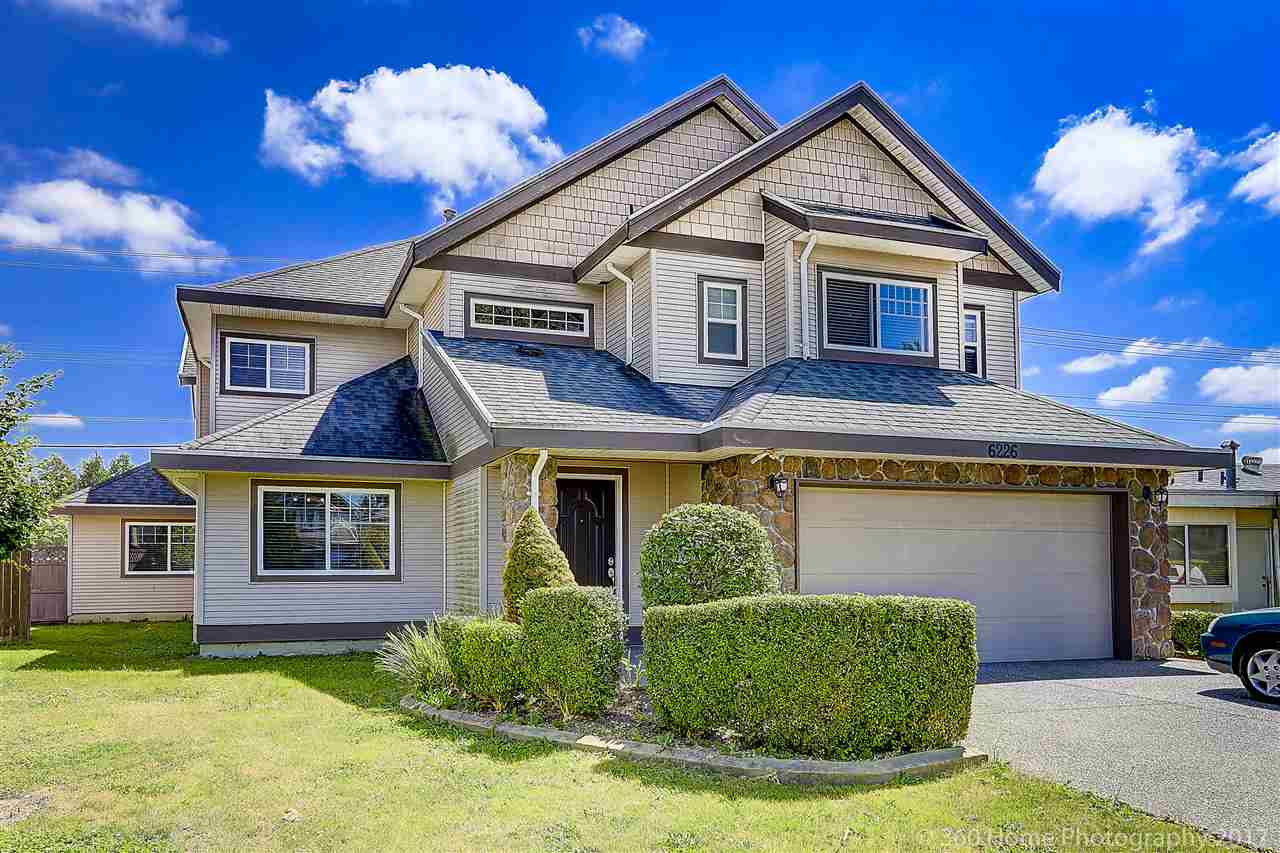 Detached at 6226 175B STREET, Cloverdale, British Columbia. Image 1