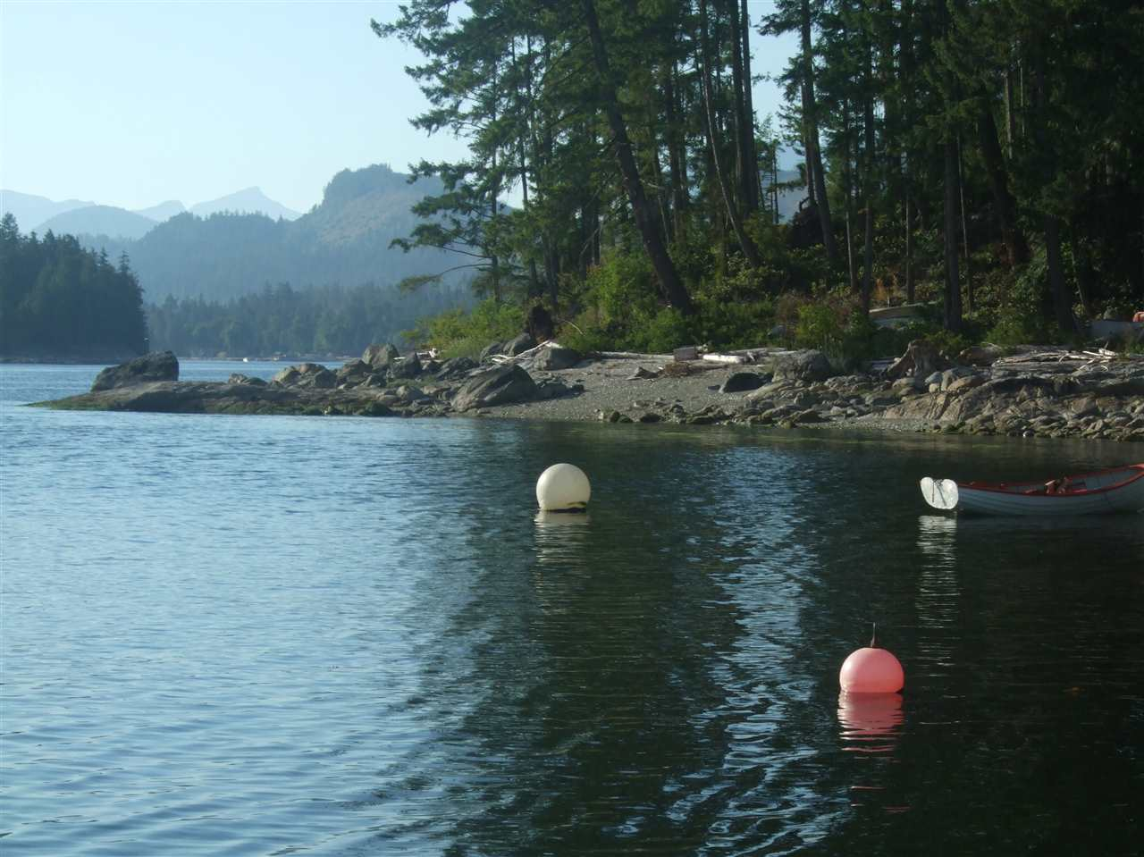 Detached at BLOCK N JAKES LANDING, Sunshine Coast, British Columbia. Image 2