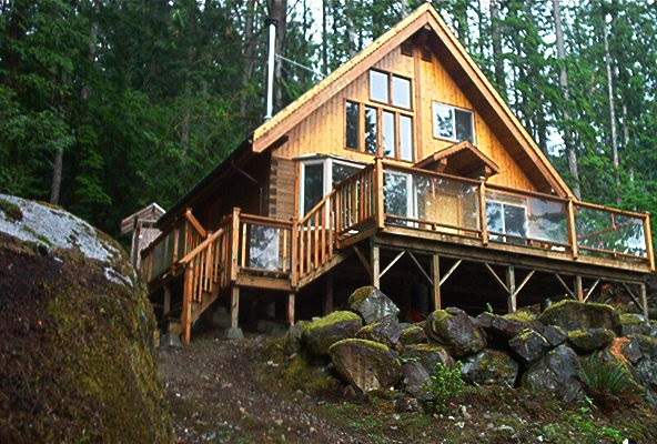 Detached at BLOCK N JAKES LANDING, Sunshine Coast, British Columbia. Image 10