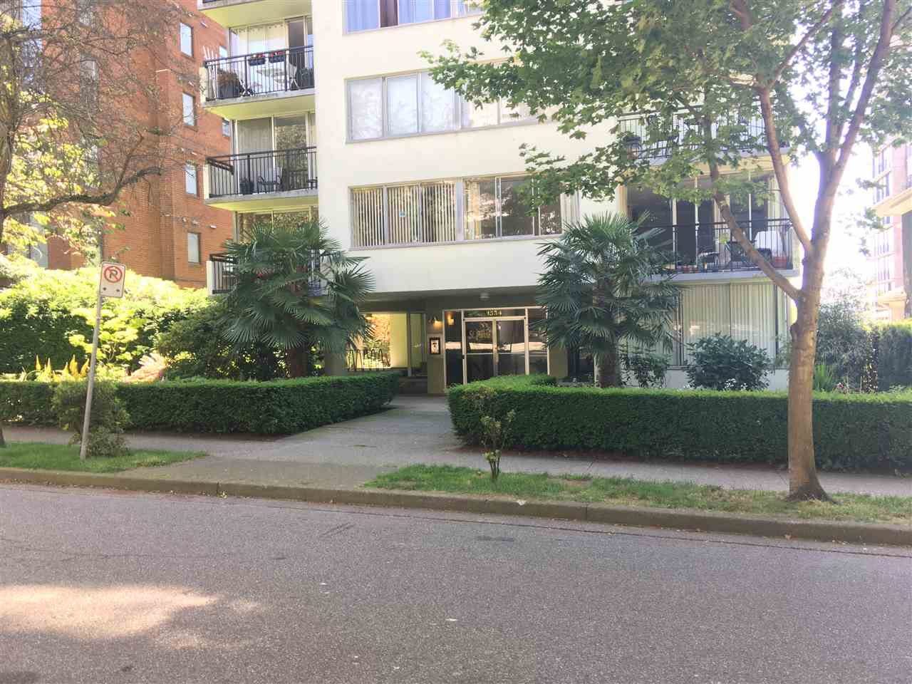 Condo Apartment at 702 1534 HARWOOD STREET, Unit 702, Vancouver West, British Columbia. Image 14