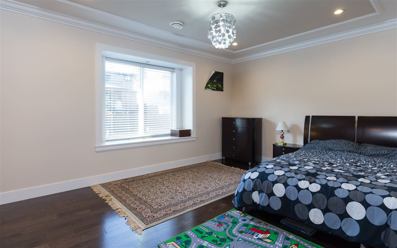 Detached at 4841 PORTLAND STREET, Burnaby South, British Columbia. Image 16