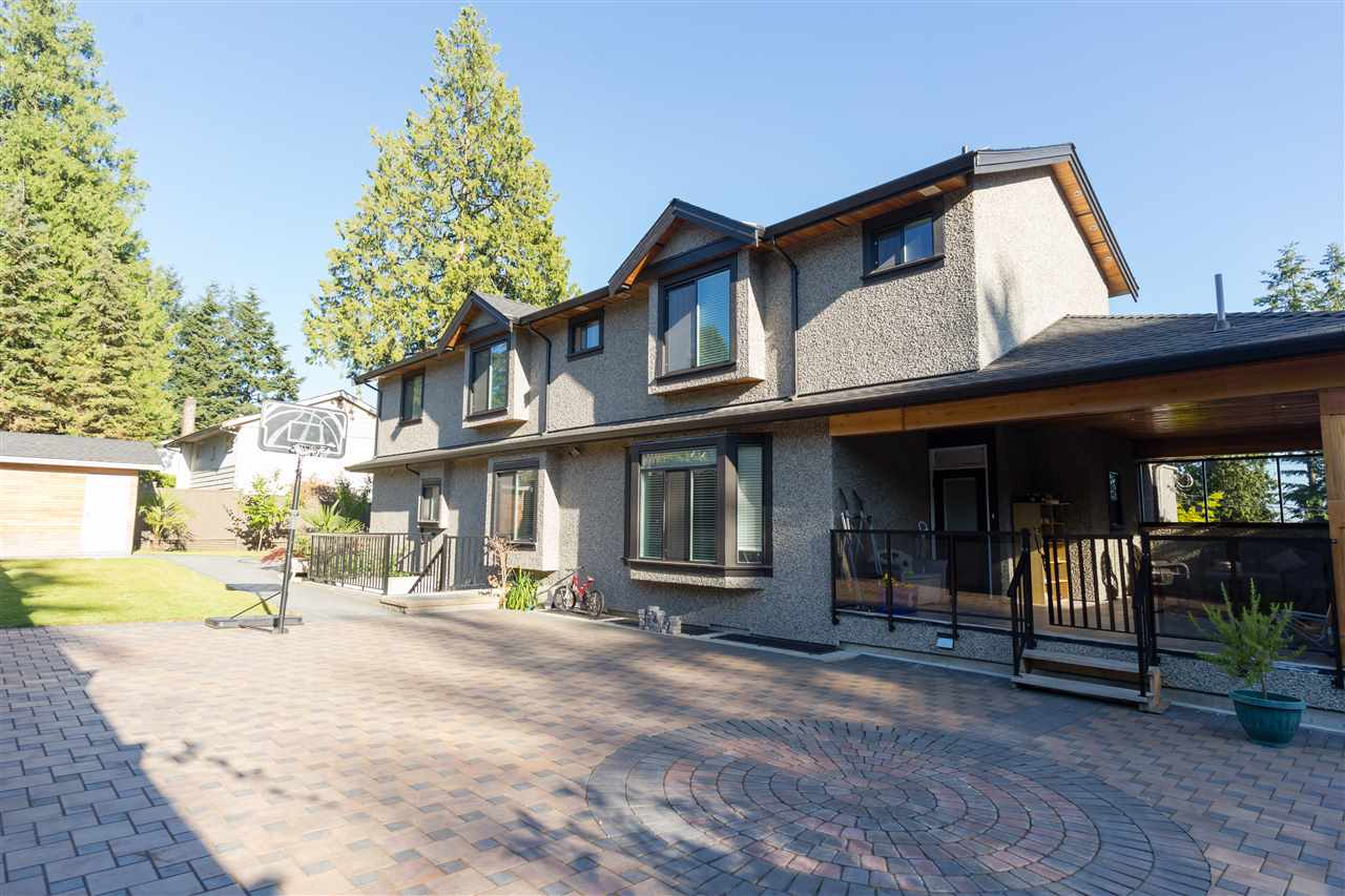 Detached at 4841 PORTLAND STREET, Burnaby South, British Columbia. Image 17