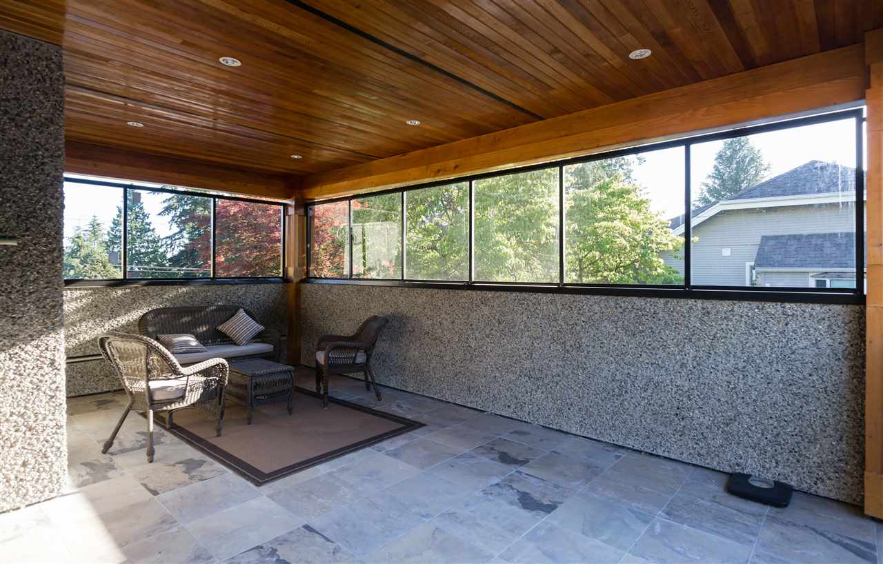 Detached at 4841 PORTLAND STREET, Burnaby South, British Columbia. Image 18